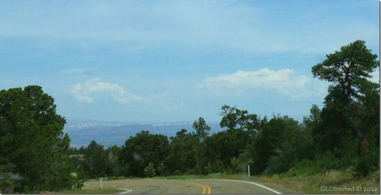 02 Dropping off the Kaibab Plateau SR89A N AZ (1024x524)