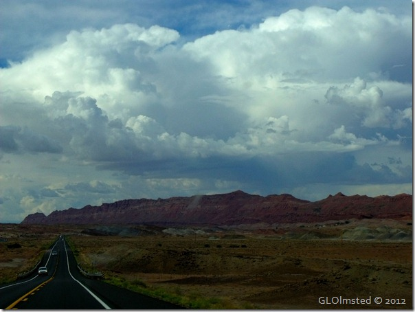03 Stormy sky over Echo Cliffs Navajo Res SR89 N AZ (1024x768)