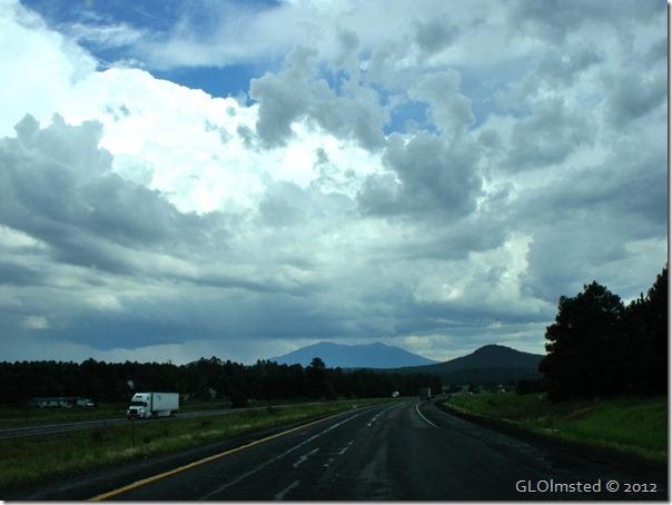 05 Storm building over Mt Humphreys I40 E AZ (1024x768)