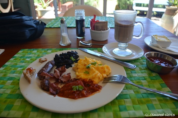 Breakfast at The Edge Mountain Retreat Hogsback South Africa