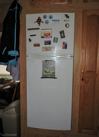 Old 5th-wheel fridge