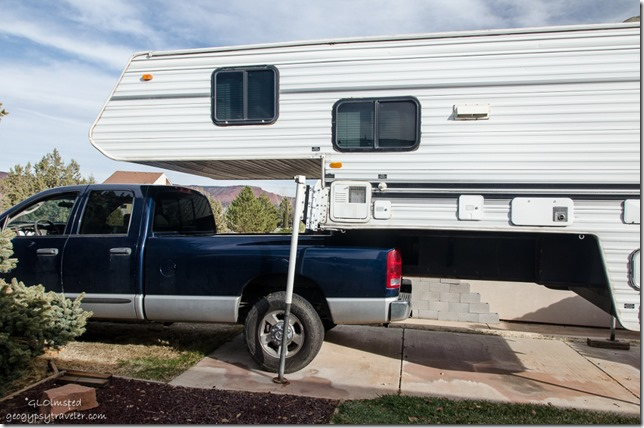 Truck going under camper Kanab Utah