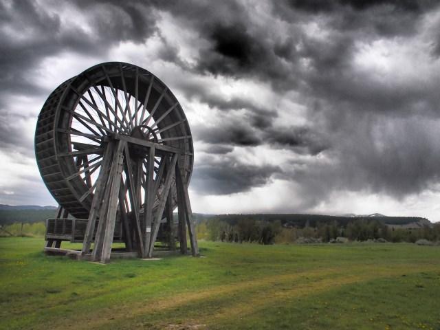 Perry Creek water wheel