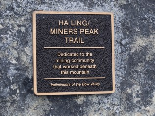 Marker at the start/end of the Ha Ling trail
