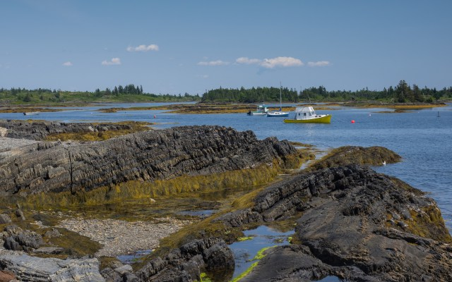 anchored-boats-blue-rocks-nova-scotia