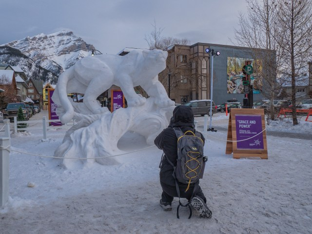 photographing-snow-sculpture