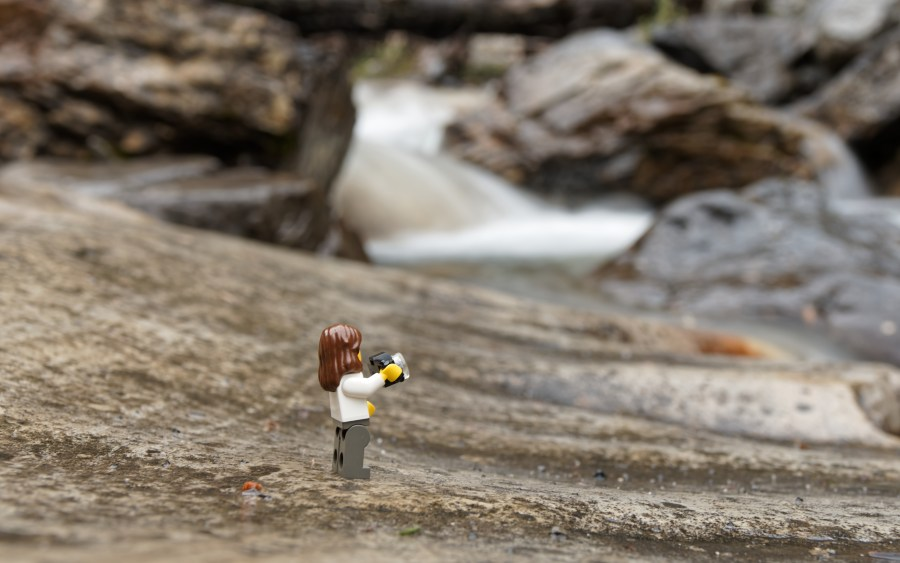 Lego-minifig-adventure