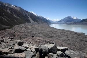 Glacial Lake Tasman, NZ