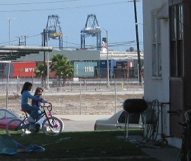 Children at Wilmington Port location. Image from hydra.usc.edu