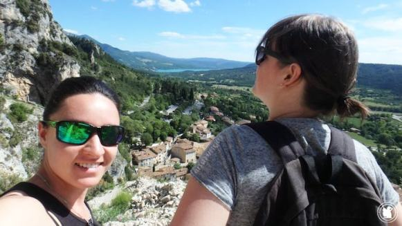 Candie et Enora au dessus de Moustiers-Sainte-Marie