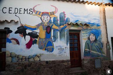 Street art façade à Humahuaca