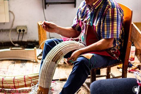 Fabrication de la Chistera de pelote basque - blogtrip Nekatur