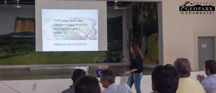 Juliana Scotton, membra do Conselho de Turismo e de família há gerações em Ipeúna apresenta a história e os patrimônios do município