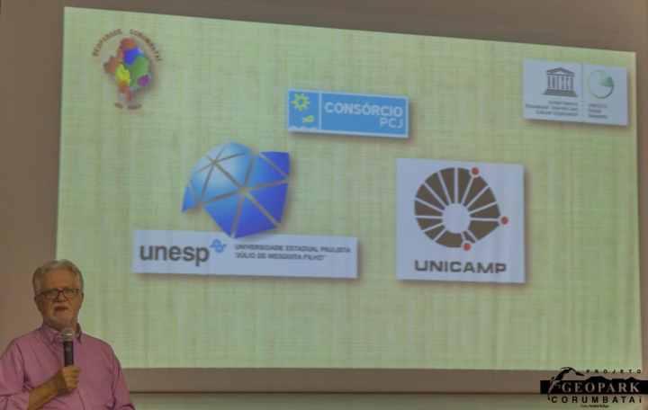 Apresentação do Prof Dr. Alexandre Perinotto, diretor do IGCE da Unesp Rio Claro