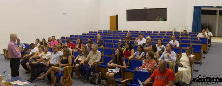 Manifestações do publico dando sugestões e compreendendo o projeto