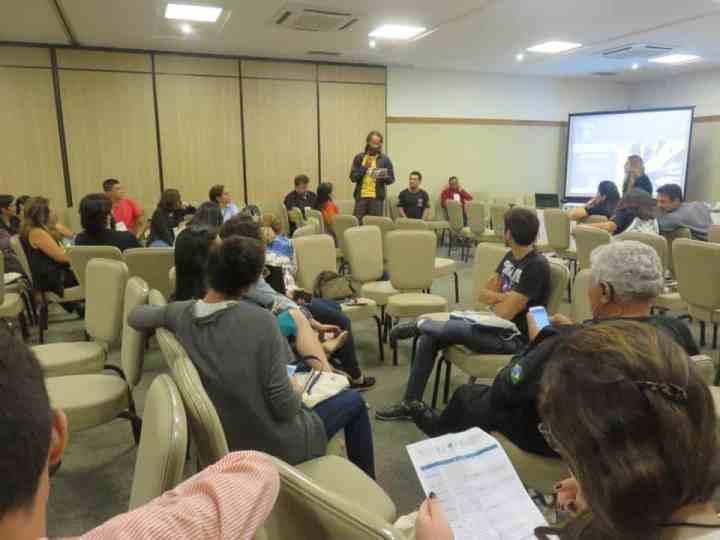 Dr. Flávio Henrique Rodrigues expõe suas considerações durante o evento. Foto: Unesco.