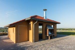 Grillhütte oberhalb von Mommenheim - Bild Nr. 201605060159