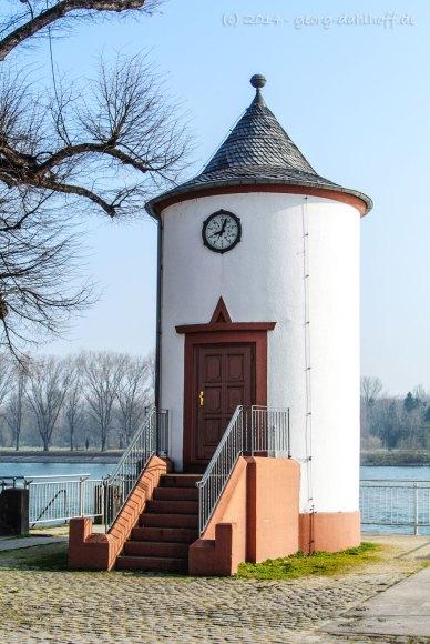 Pegelhaus in Worms - Bild Nr. 201403082435