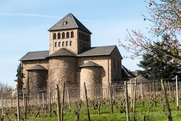 "Romanische Basilika ""Johannes der Täufer"" - Bild Nr. 201504122095"