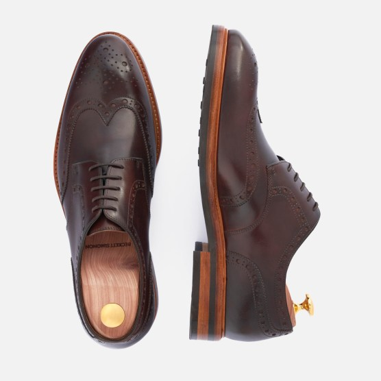 Kent Wingtips in brown Italian calfskin