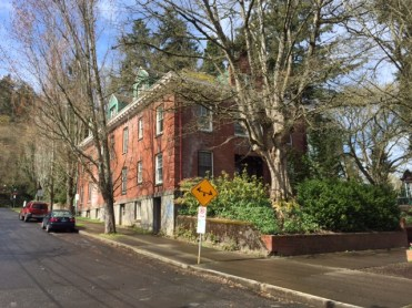 This red-brick building was constructed in 1918 to house nurses who worked at the Multnomah County Hospital next door.