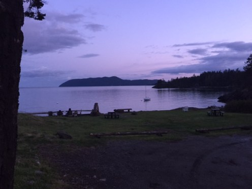 Evening at Doe Bay provides a view that resembles a painting.