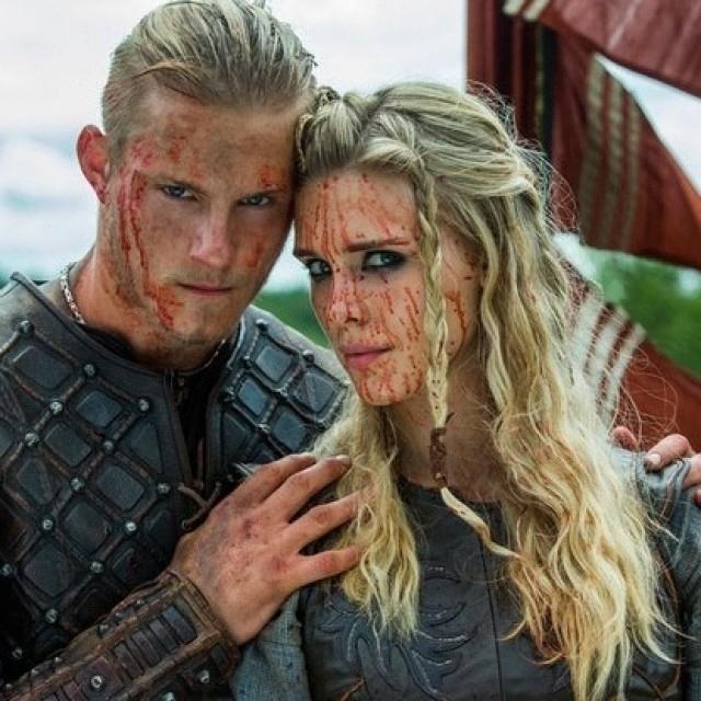 So romantic… regram @vikings.s #viking #vikings #serial #series #history #historychannel #TV #norway #CliveStanden #TravisFimmel #GustafSkarsgard #KatherynWinnick #викинги #сериал #Норвегия
