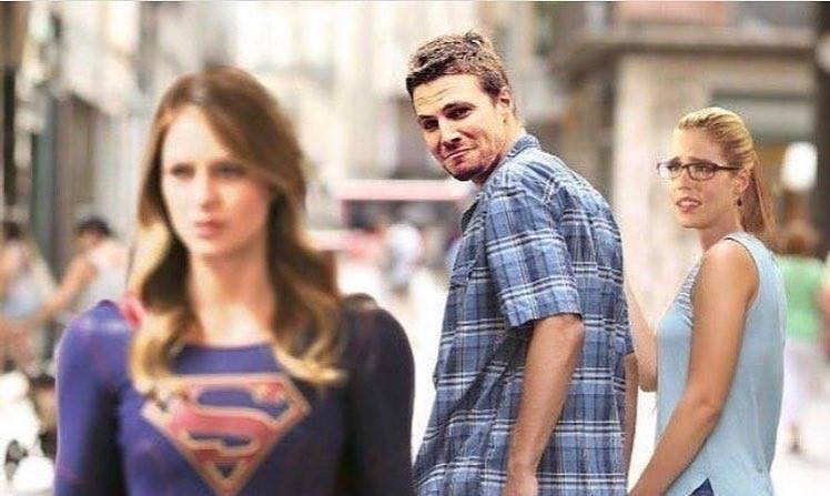 I can't believe the writers actually managed to get us to hate Felicity. Yes, we're shipping this now. #slash #arrow #shipping #flash #supergirl #crossover #evilnazisuperheroes #meme #lol