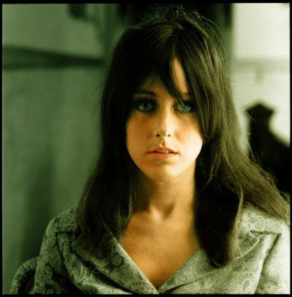 Grace Slick/ Michelle Phillips: Sixties Survivors   George ...
