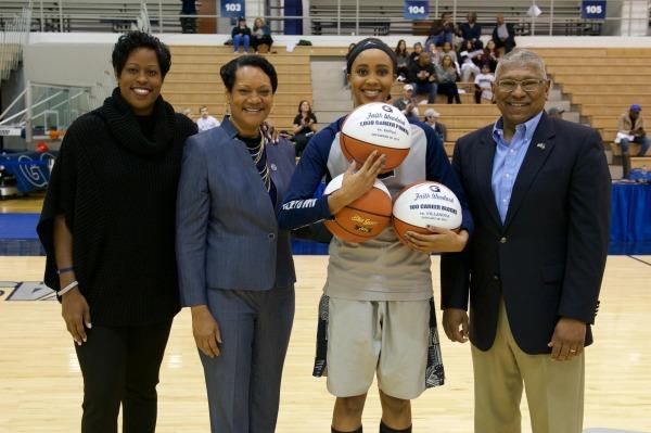 Lean on Me: Faith Woodard making her mark on women's basketball