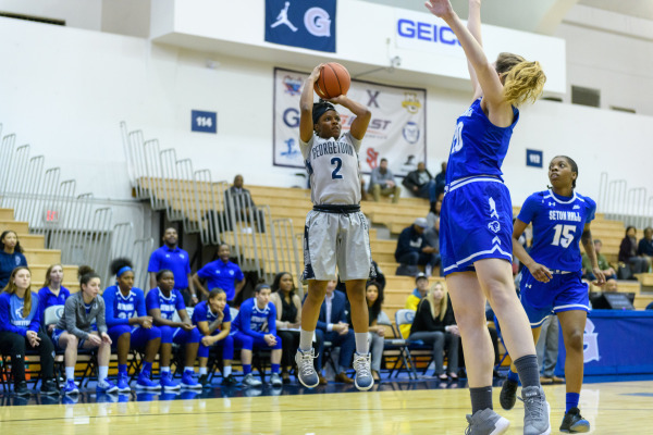 Women's basketball looks to reach .500 with a win over St. John's