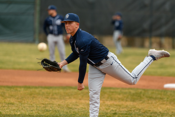 Baseball splits weekend series with Princeton