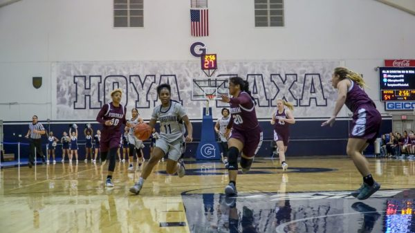 Women's Basketball Bounces Back to Remain Undefeated at ...