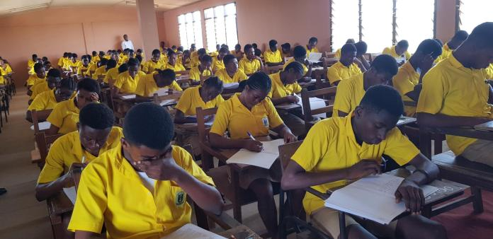 2020 WASSCE: Candidates with awaiting forms begs WAEC to release withheld results