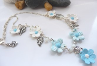 Blue & White flower necklace