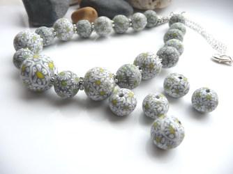 Polymer Clay Daisy bead necklace
