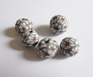 Georgia P Designs Handmade Polymer Clay Daisy Beads with red centre