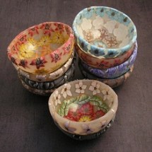 Polymer clay decorated bowls by http://www.tooaquarius.com/tag/bowls/