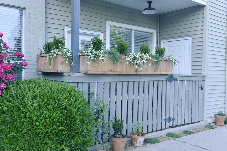 Great Ideas for an Apartment Patio Makeover on a Budget ... on Apartment Backyard Patio Ideas  id=31212