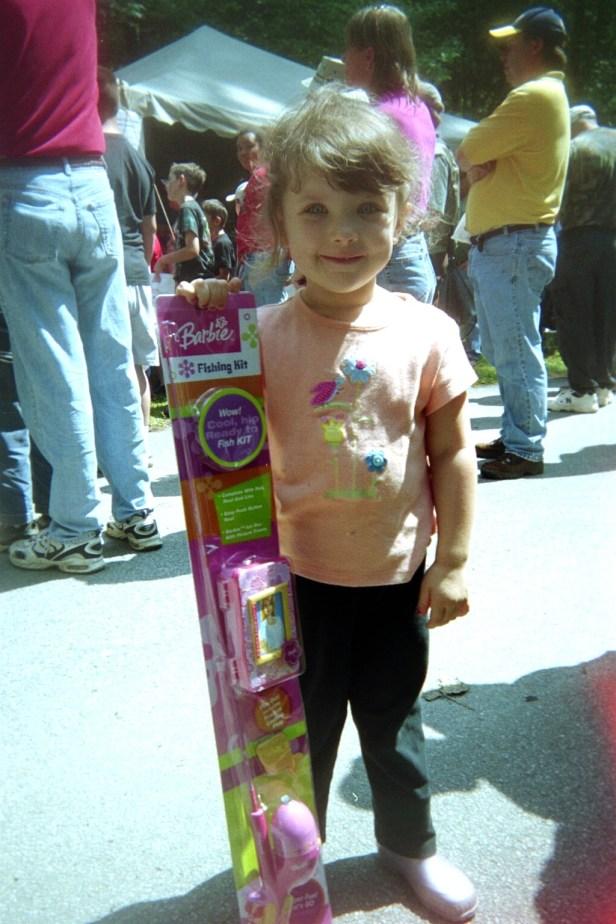kfe tallulah 05 girl w prize
