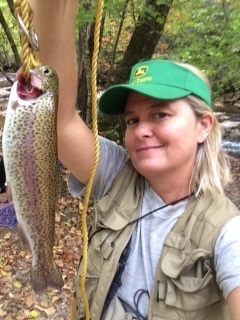 trout-stringer-tara-l-toccoa-r-fall2016