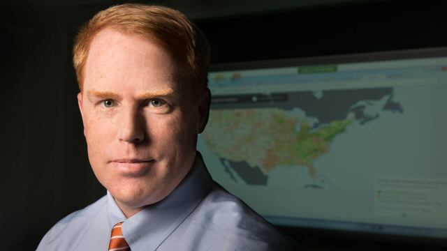 FCC Geographer Byrne Receives Medal for National Broadband Map