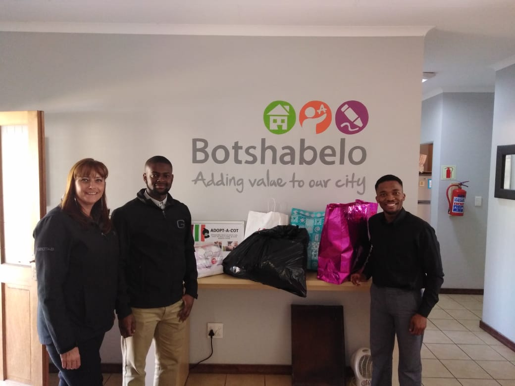 Geotab Africa Gives Back to Children on Mandela Day