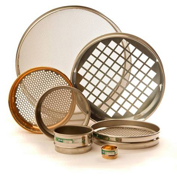"""All test sieves are manufactured to National and International Specificationsand are supplied with a """"Certificate of Compliance"""""""