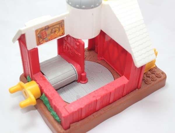 B4341 Barn inside