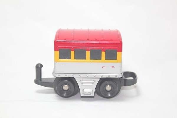H8100 Passenger Car