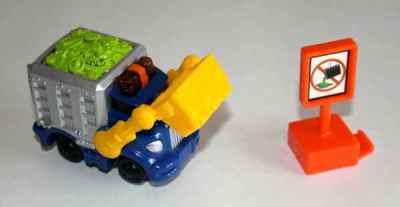 Sparkle 'n Clean Garbage Truck