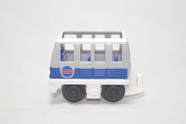 L6930 Screech Front Car
