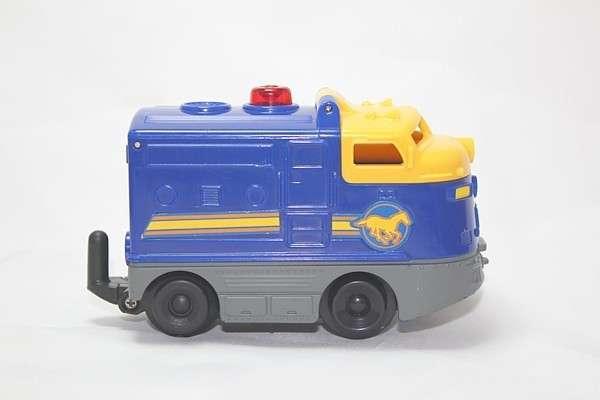 R8637 Blue Pony Engine