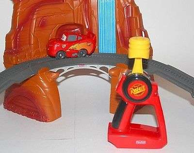 Lightning McQueen and Remote Controller